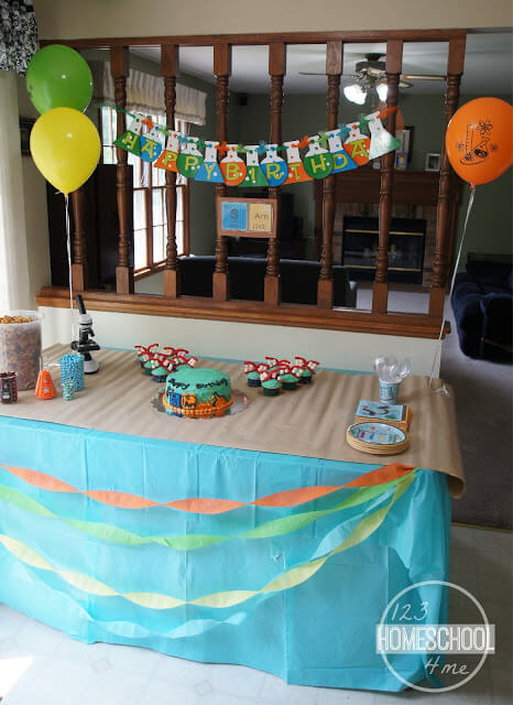 science birthday party decoraitons