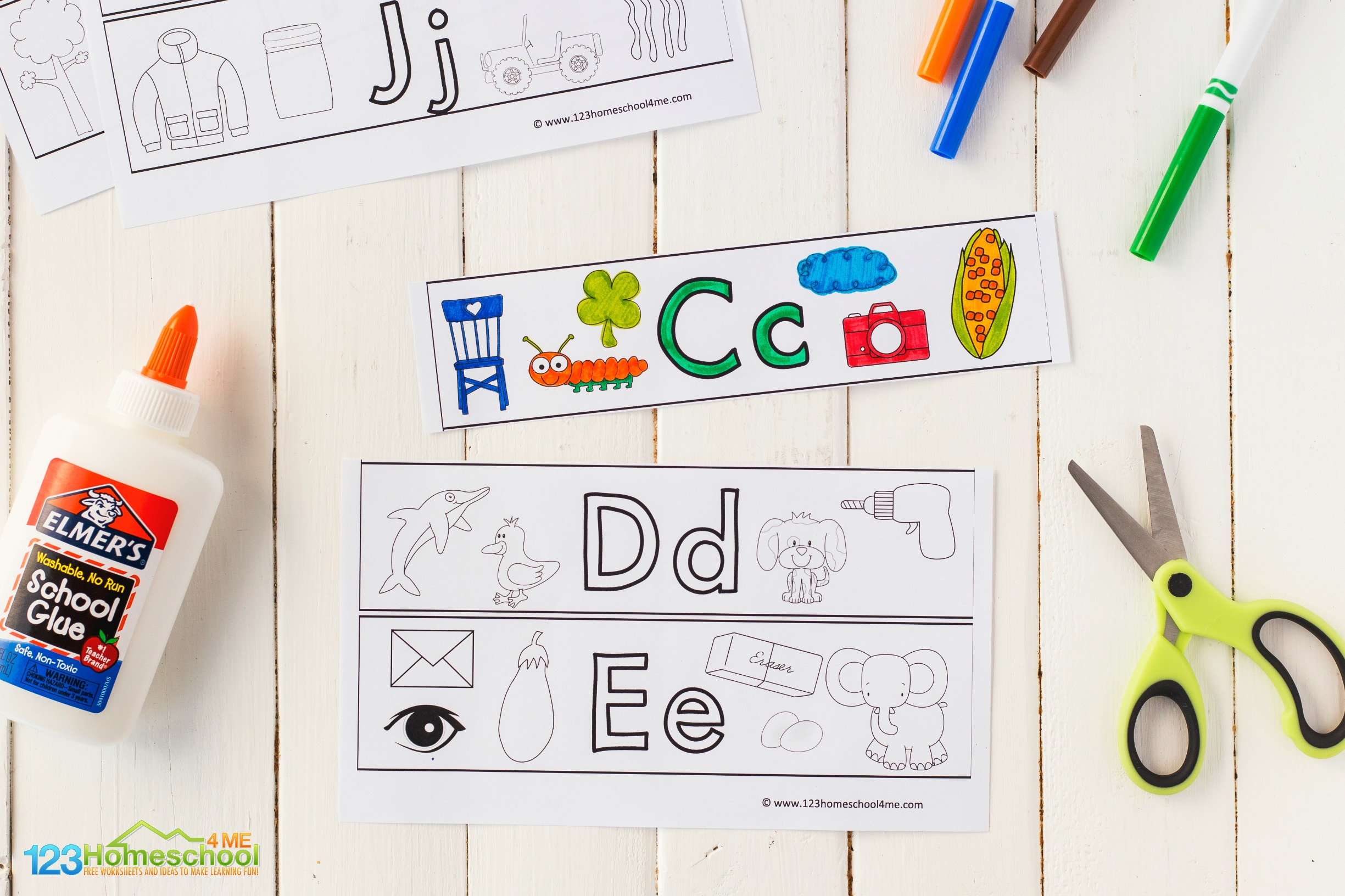 super cute alphabet printables to make letter bracelets or cuffs to learn the letters of the alphabet A to Z