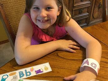 FREE-Alphabet-Bracelets