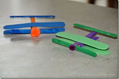 simple airplane craft for kids