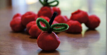 Apple-Pie-Playdough-Recipe-for-Play