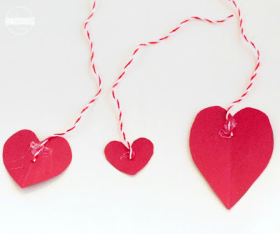 construction paper hearts