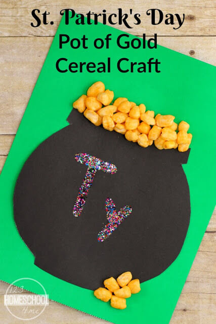 Super cutepot of gold craft that uses cereal to work on name recognition. This st patricks day idea is handy for toddler, pre-k, kindergarten, first grade, andpreschool st patricks crafts. Try this funst patrick's day crafts for preschoolers this March as part of st patricks day preschool or st patricks day kindergarten themes.