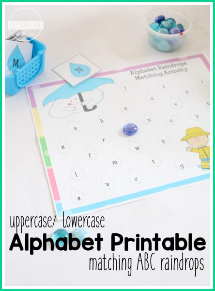 FREE ABC Raindrop Matching - this is such a fun alphabet activity to help preschool, prek, and kindergarten age kids to learn the corresponding upper case and lower case alphabet letters (homeschool, literacy center, spring)