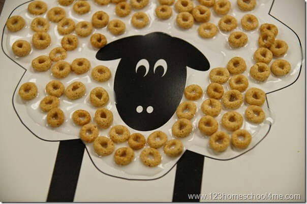 sheep-craft-for-kids-with-free-printable-and-cheerios