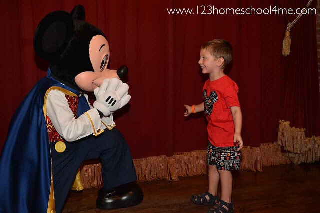 Top 10 Best Character Interactions in Disney World