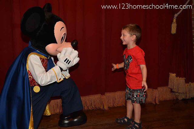 Top 10 Best Character Interactions in Disney World