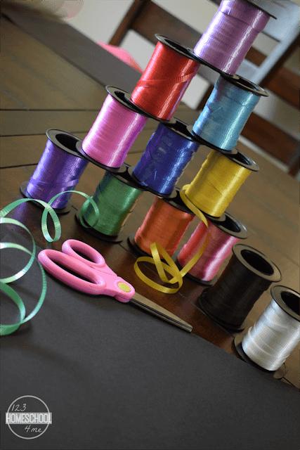 curling-ribbon-scissors-black-construction-paper