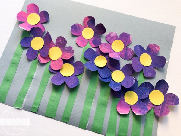 this flower craft ideas is super cute and simple to make with preschool, kindergarten, and first graders too