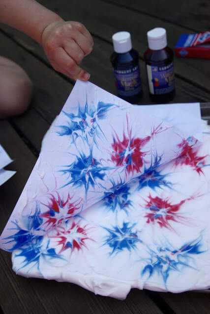 shaving-cream-fireworks-craft-for-kids-4th-of-july-independence-day