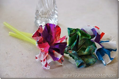 This spin art flower craft is almost as beautiful as they are fun to make