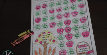 Apple-Synonym-Antonym-Worksheets