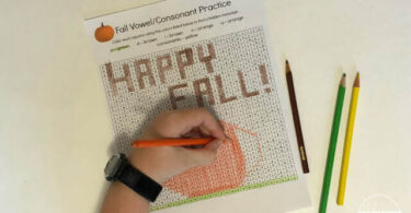 FREE Fall Vowels & Consonants Coloring Pages