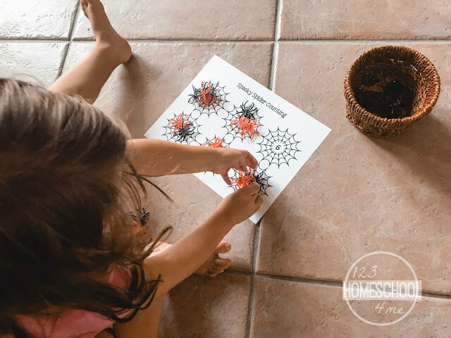 working-on-math-skills-fun-halloween-spooky-counting-preschool