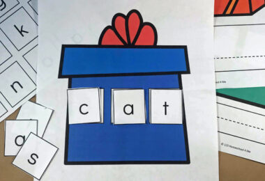 Kindergarten Christmas Sight Word Activity