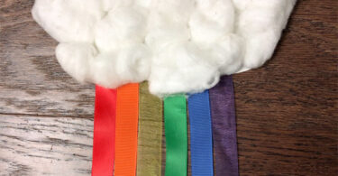 Cloud-and-Rainbow-Craft-For-Kids