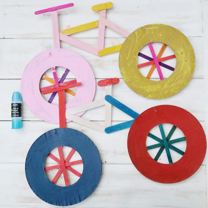 This is such a super cute and fun-to-make bicycle craft for bicycle day