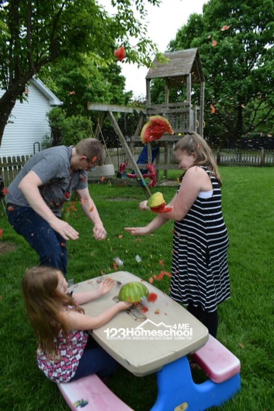 Really fun, exploding watermelon kids activity perfect for spring or summer