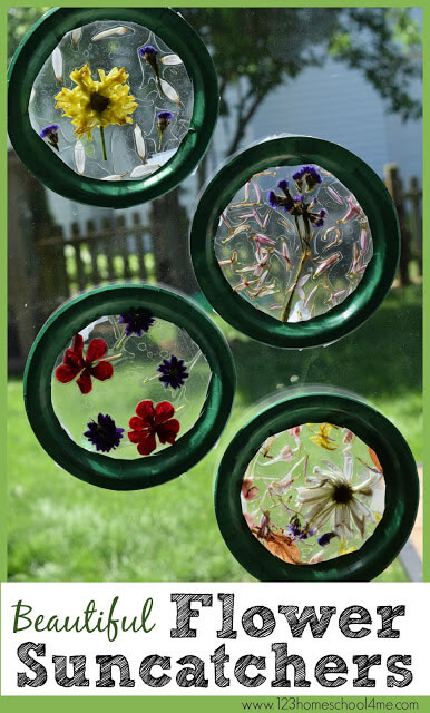 Beautiful summer craft for kids using flowers