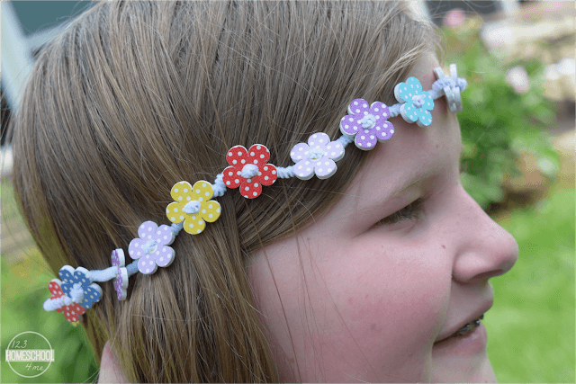 flower-crown-craft-for-kids-with-buttons