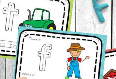 FREE Farm Alphabet Mats - kids will have fun practicing tracing lowercase letters with thse super cute, farm themed printables for toddler, preschool, prek, and kindergarten age kids. There is a sentence to trace at the bottom of each letter mat to trace and read. #alphabet #preschool #farm