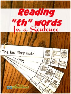 FREE TH Worksheets - kids will have fun leanring to read th words in a sentece with this FREE printable for kindergarten, first grade students #thwords #firstgrade #kindergarten