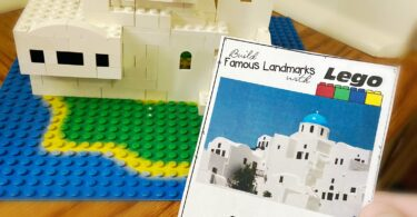 free printable Lego building cards like this one for blue domed church in greece