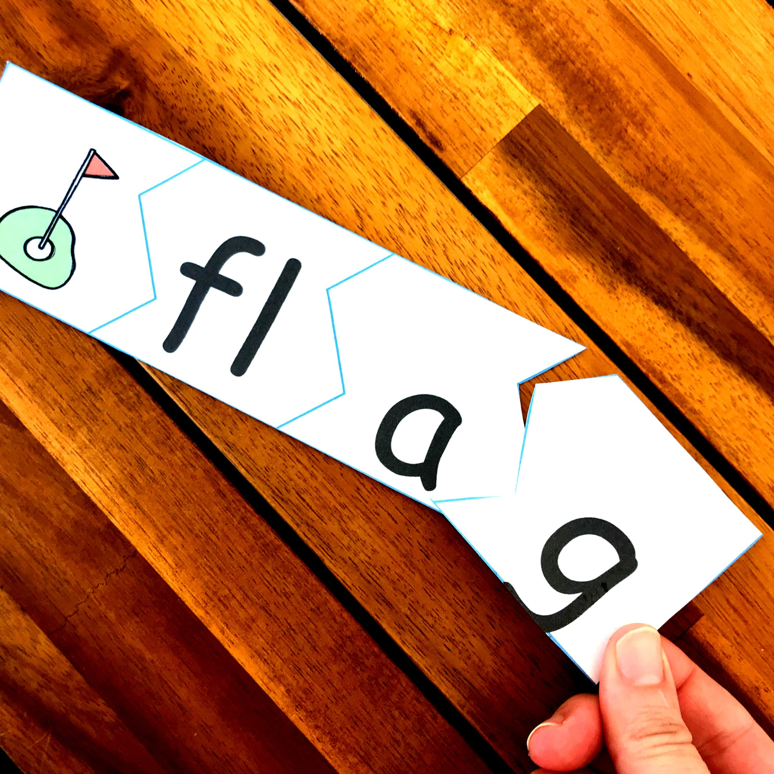 activity to teach blends for kindergarten; featured is word flag