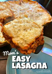Easy Lasagna - delicious and simple dinner recipe the whole family will love! Make head for company or a quick weekday dinner.