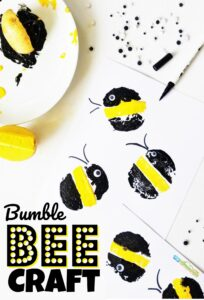 You are going to love this super cute and easy-to-makeBumble Bee Craft for toddler, preschool, pre k, and kindergarten age children! It uses a classic potato stamping technique to get some really pretty bubble bees in this insect craft for kids.
