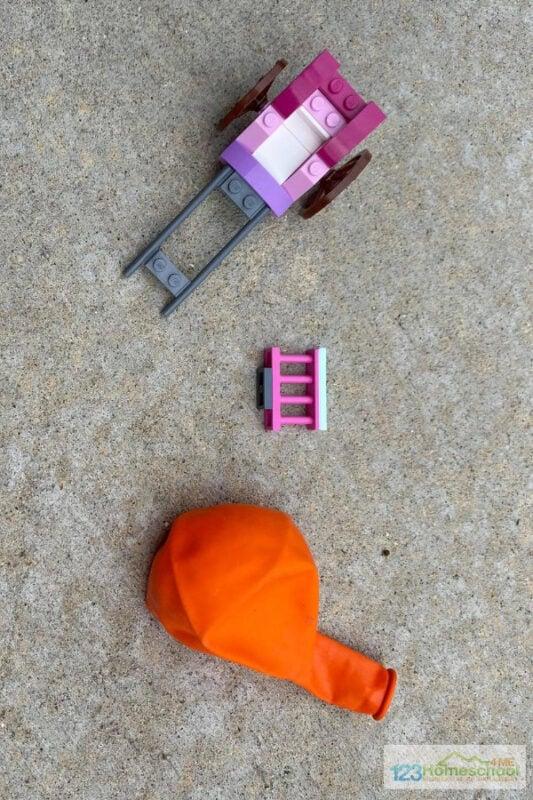 fun, easy to make balloon car science project for preschoolers, kindergartners, grade 1, grade 2, grade 3, grade 4 students