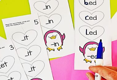 Help early readers work on reading and spelling Short Vowel CVC words with this super cute, valentines day activity for kindergarten and first grade students. Children will choose a penguin printables card and find the matching short vowel sound and then use a dry erase markers to identify short vowel words that begin and belong to the same word family.