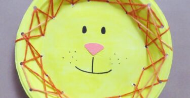 This super cutelion paper plate craft is simple to make, but helps children work on fine motor skills and hand-eye coordination too! This lion craft is perfect for toddler, preschool, pre-k, kindergarten, first grade, and 2nd graders too. Make this paper plate lion craft by doing an easy weaving activity to make a super simple, but stuning mane. So whether you are doing ananimal theme, working on L is for lion, or just like makinganimal crafts for kids, you will love thislion craft for kids.