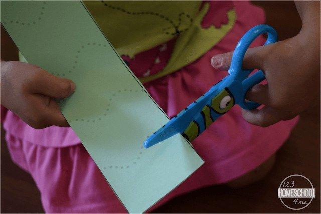 Simple cutting worksheets